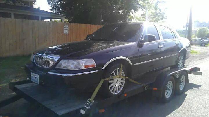 AUS RIDAZ!!!-2003-towncar.jpeg